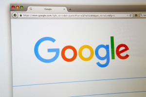 Google-logo-on-screen-600x400